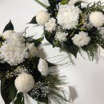 白い花だけを使った豪華な仏花はいかがでしょうか?