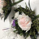 2番人気は輪菊とダリアとカーネーションのプリザーブド仏花