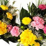 黄色+ピンクの大きめ最新作仏花がさっそく人気です